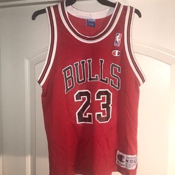 new arrival 26af1 87004 Vintage Chicago Bulls Jordan 23 Jersey Champion